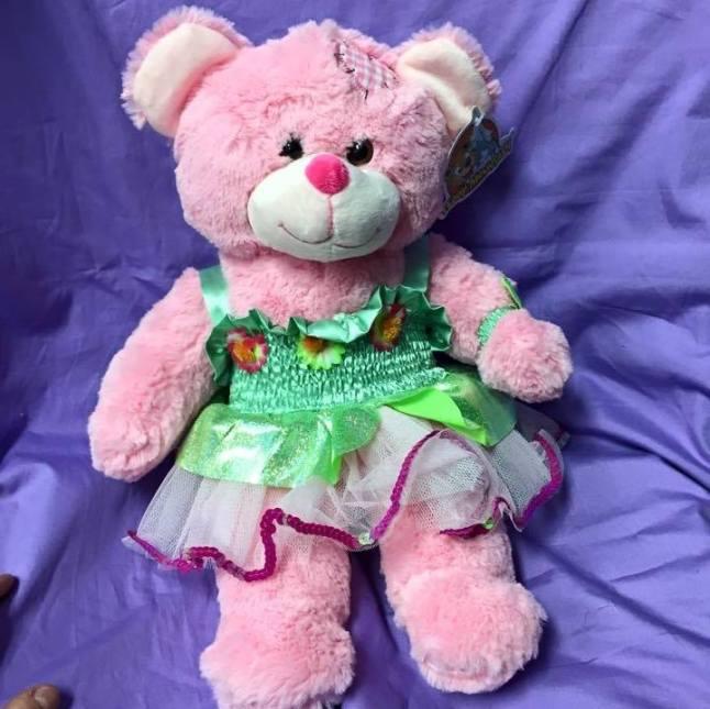 102815_CRTPost_SingYourName_Bear