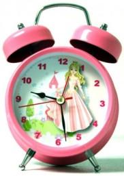 102815_CRTPost_SingYourName_clock